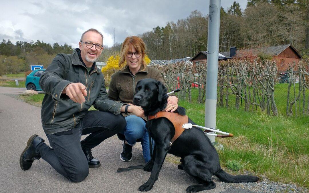 Fodervärd åt assistanshund